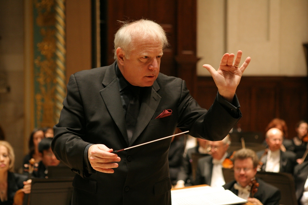 Slatkin DSO Conducting Pictures 007