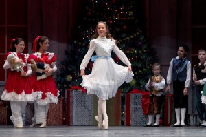 'The Nutcracker' is the perfect holiday event to enjoy with your kids. (Photo: Art Ballet Academy, Fort Worth)