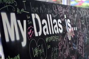 Dallas students and patrons write what Dallas means to them on boards that will be displayed at South Side on Lamar for six weeks. Photo by Christina Ulsh.