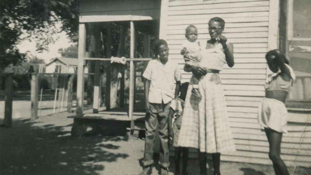 """Photo of the Ingram Family and their home in """"Bonton + Ideal"""""""