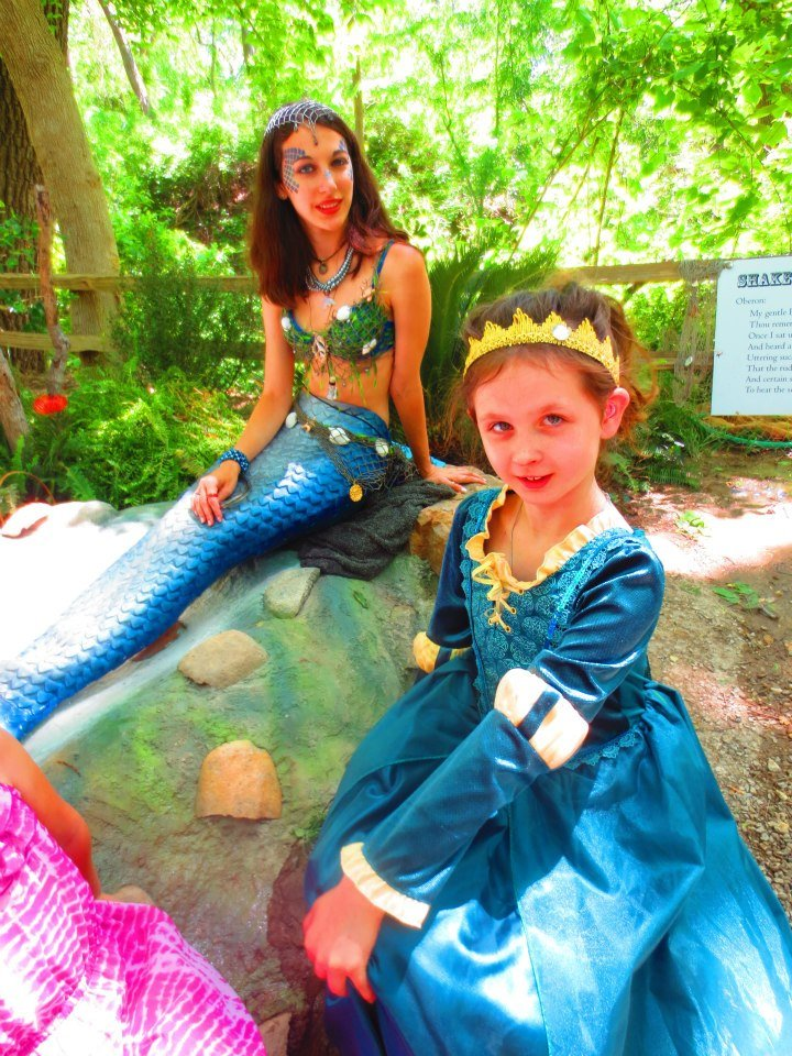 Make a new friend at the Scarborough Renaissance Festival. Photo: Therese Powell