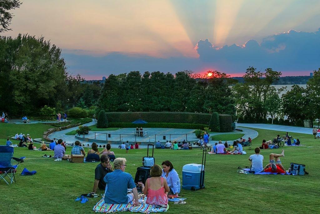 The Dallas Arboretum's Camp Lawn